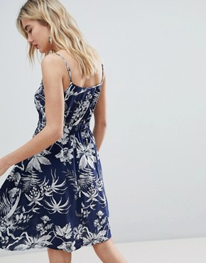photo Mono Fern Cami Dress by Warehouse, color Navy Pattern - Image 2