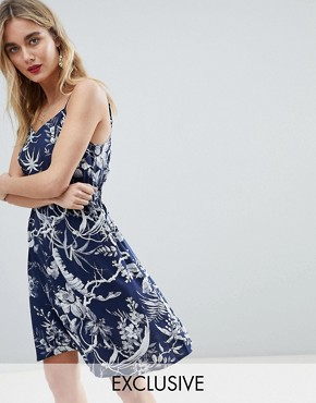 photo Mono Fern Cami Dress by Warehouse, color Navy Pattern - Image 1