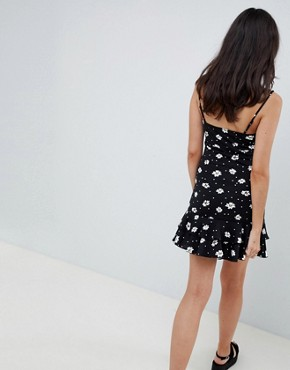 photo Cut Out Sundress with Pep Hem in Daisy Print by ASOS DESIGN, color Daisy Print - Image 2