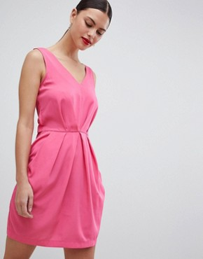 photo Pleated Sleeveless Dress by Closet London, color Pink - Image 1