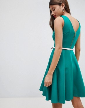 photo Sleeveless Dress with Belt by Closet London, color Green - Image 2
