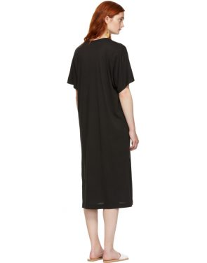 photo Black Boxy V-Neck Dress by Raquel Allegra - Image 3