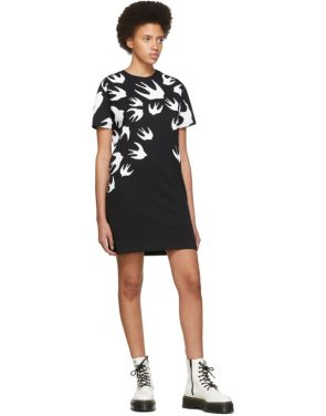 photo Black and White Swallow Signature T-Shirt Dress by McQ Alexander McQueen - Image 5
