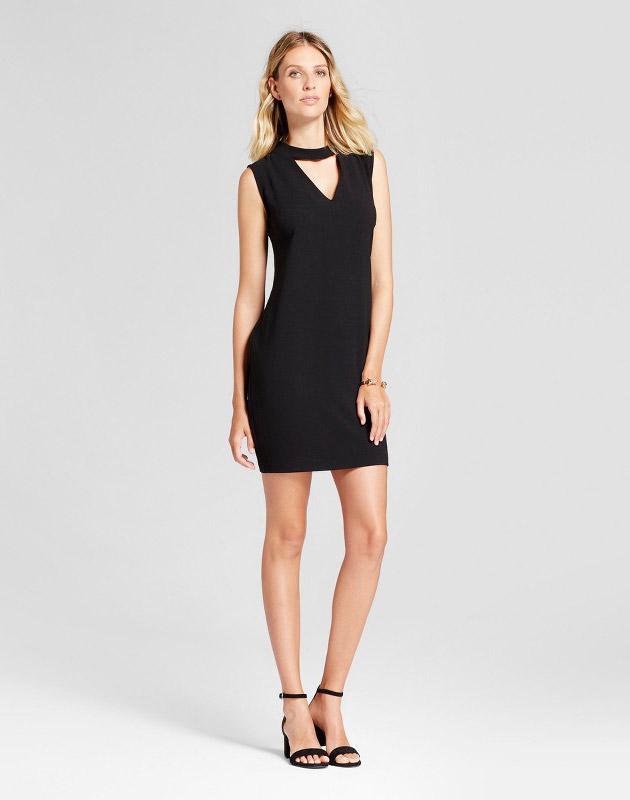 photo Woven V-Neck Dress with Choker Neck by Loramendi, color Black - Image 1