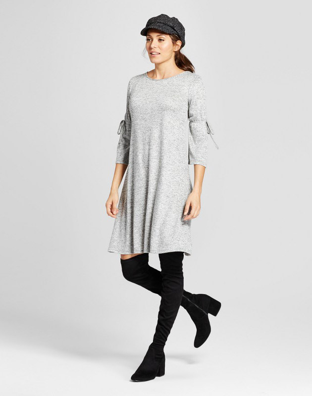 photo Long Tie-sleeve Knit Dress by Como Black, color Grey - Image 1