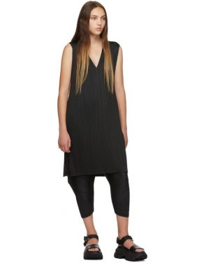 photo Black V-Neck Dress by Pleats Please Issey Miyake - Image 5
